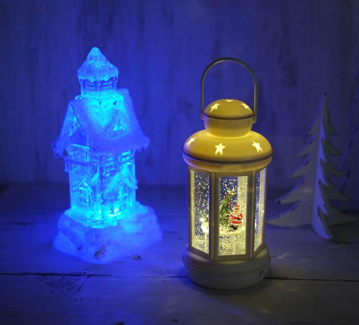 キラキラ光るLEDライト!クリスマスのムードがさらに引き立ちます♪