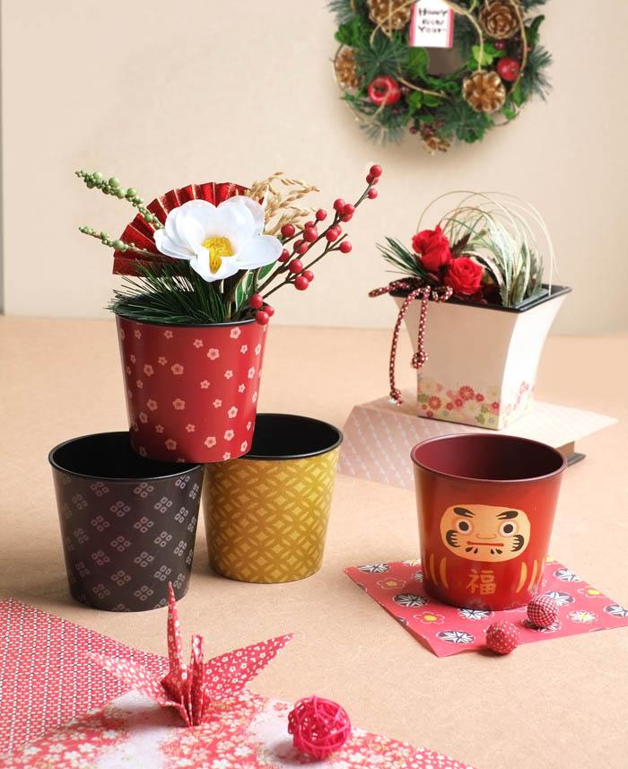 お正月は和風のポットでお花を飾ろう♪